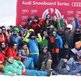 Tourfinale der Snowboardcrosser in Sedrun