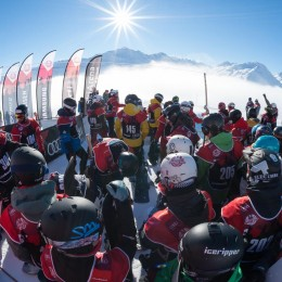 Snowboardcross Action in Sedrun!