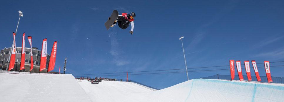 FIS Junioren-Weltmeisterschaften Freeski & Snowboard Halfpipe 2019 in Leysin