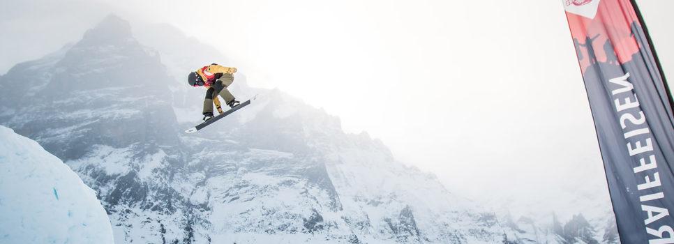 Spectacle de freestyle devant la paroi nord de l'Eiger