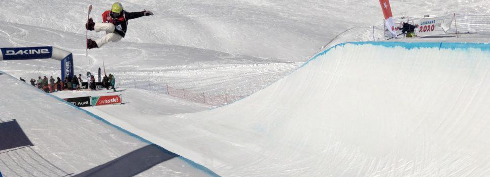 Japanische Festspiele bei den Snowboardern an der JWM in Leysin